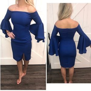 UK blue bell sleeve dress